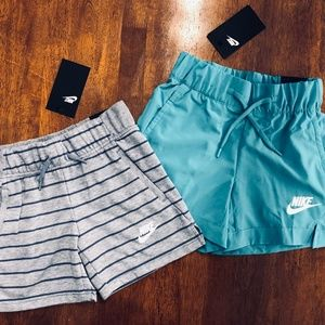 Nike Girls Woven and Striped Shorts